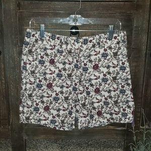 Sz 4 Loft floral chino shorts